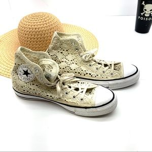 Converse Lace Boho All Star HighTop Tennis Shoes 9